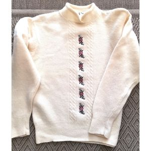 Vintage 80's lambswool sweater embroidery roses